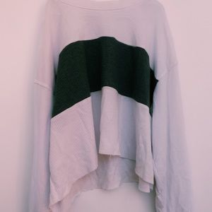 Hollister Must Have Collection Sweater